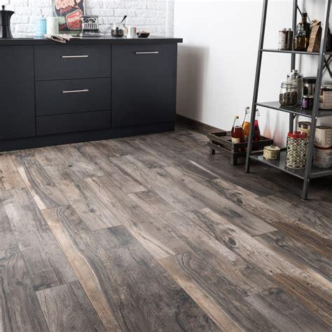cuisine bois flotté carrelage sol et mur brun cendré effet bois elbe l 15 x l
