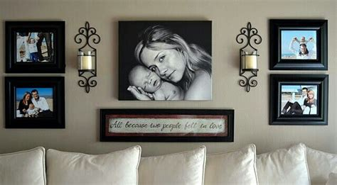 Living Room Decorating Ideas Picture Frames by 40 Great Ideas To Display Family Photos On Your Walls