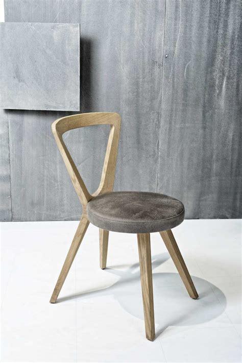 chaise en allemand fauteuil design contemporain triangle chêne