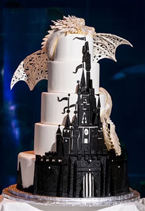 wars wedding cake topper fall in with these disney inspired wedding cakes