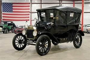 1915 Ford Model T 4068 Miles Black Sedan 177ci I4 Manual