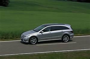 Mercedes Classe R Amg : carlsson tunes the amg version of mercedes benz c class ~ Maxctalentgroup.com Avis de Voitures