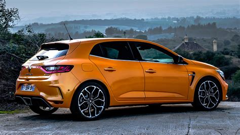 Renault Megane Rs (2018) Review Sport, Cup And Trophy