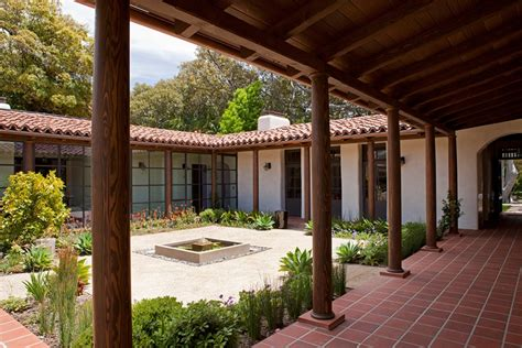 Courtyard Homes by Modern Adobe House In California By Dutton Architects