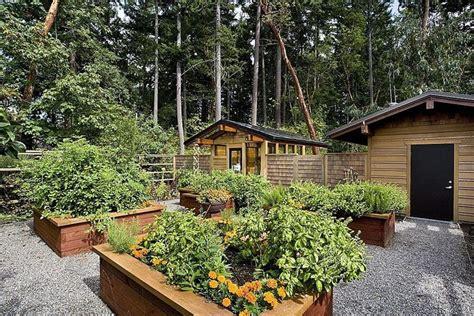 amazing ideas  wooden raised garden beds