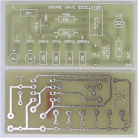 Poptronics Square Wave Oscillator