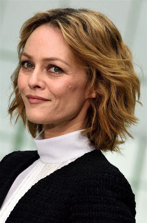 coupe de cheveux femme 60 coupe de cheveux femme 2019 60 ans