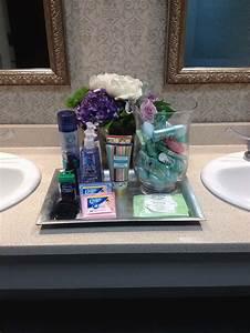 Must haves for wedding bathroom baskets for Wedding bathroom kit