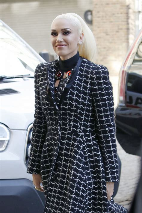 Gwen Stefani - Out in New York 2/14/ 2017