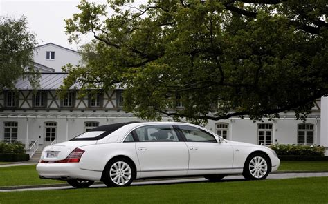 Maybach Car : Top 10 Most Expensive Cars In The