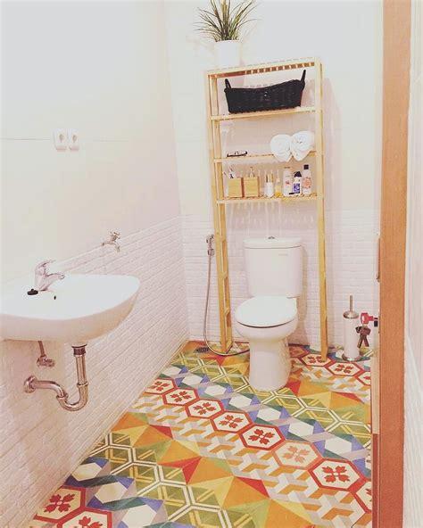 desain kamar mandi minimalis  arsitekhom