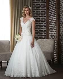 types of wedding dresses classic wedding dress styles wedding dress buying tips on kneocycleparts