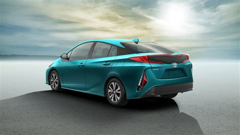 In Hybrid Cars 2017 by Five Ways Toyota Updated Its 2017 Prius Prime In Hybrid