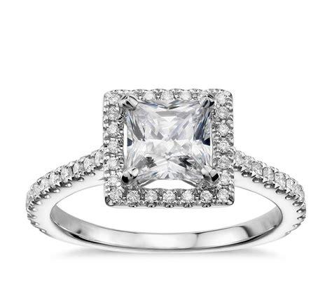 princess cut floating halo diamond engagement ring