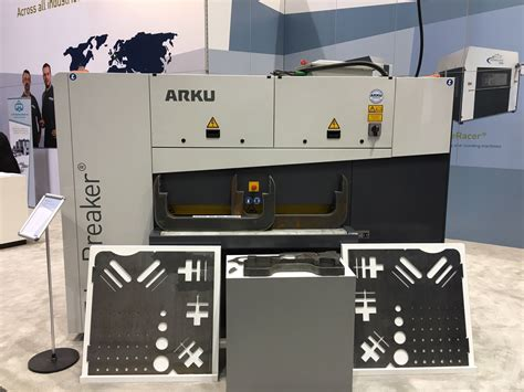 Fabtech 2015 is over......Did you see this new machine ...