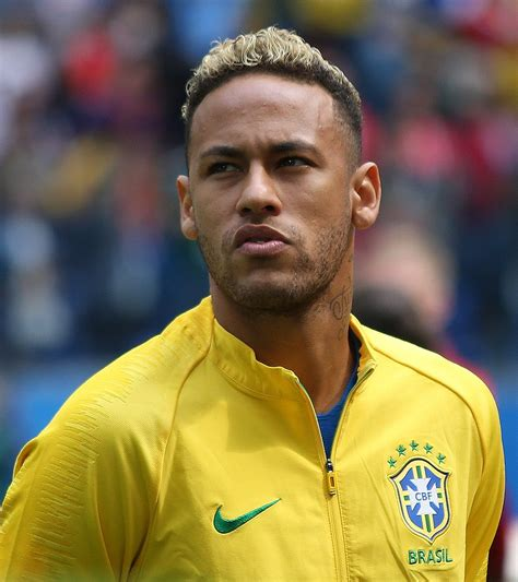 Leave a like and subscribe turning notifications on. Neymar Height, Age, Wiki, Net Worth, Family & Girlfriend ...