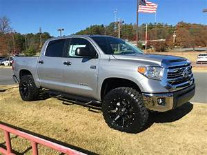 2017 Tundra Lifted Pictures to Pin on Pinterest - ThePinsta
