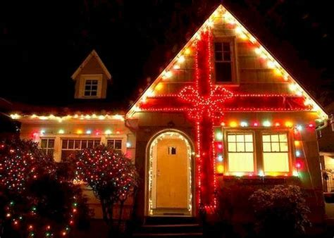 awesome farmhouse style exterior christmas lights