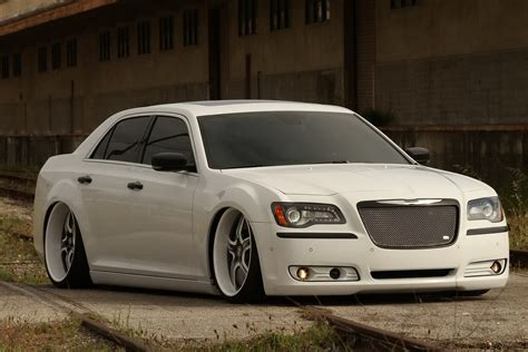 Chrysler 300 Tune Up by Custom 2011 Chrysler 300 The Fatchance 2 0 Amcarguide