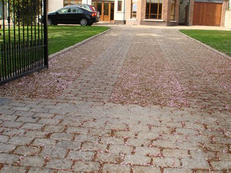 gravel driveways driveways natural stone cobblelock resin bond gravel landscaping ie