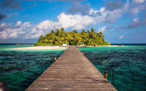 10 Private Island Vacations That Are Surprisingly