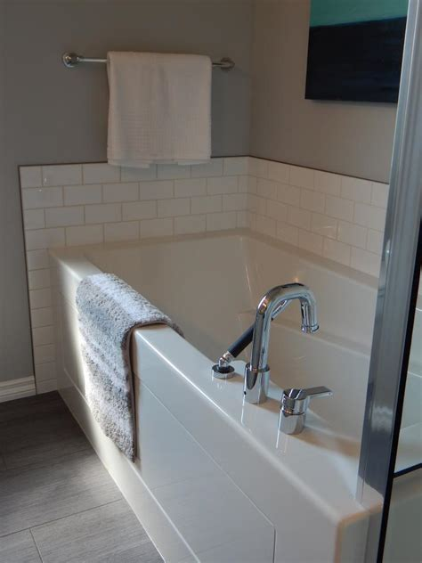 cleaning tub with bathroom cleaning toilet bowl fiberglass tub tiles