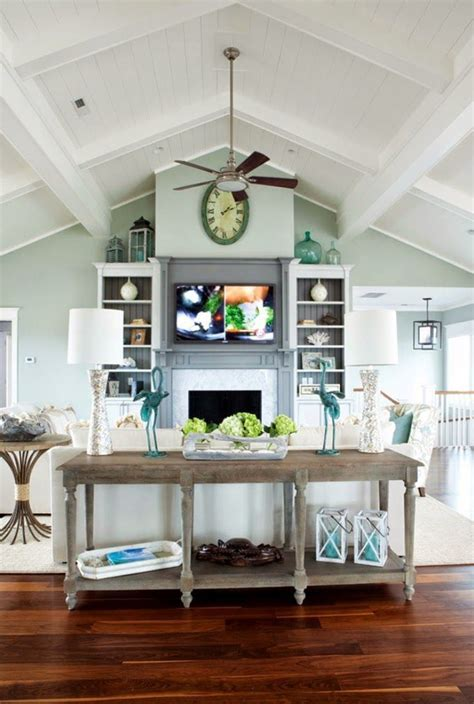 ideas   decorate  room   vaulted cathedral