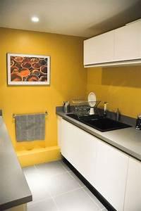 les 25 meilleures idees de la categorie peinture jaune sur With meuble peint couleur taupe 0 les 25 meilleures idees de la categorie cuisine couleur