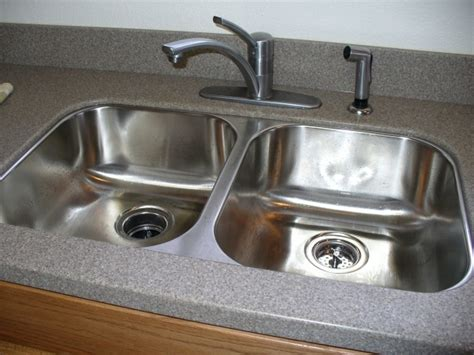 corian kitchen sinks undermount pin by wilson on kitchen ideas 5811
