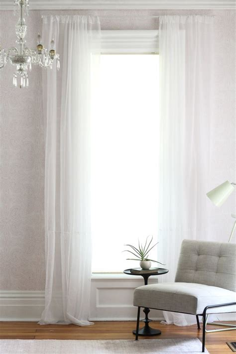 drapes hanging 1000 ideas about hang curtains on how to hang