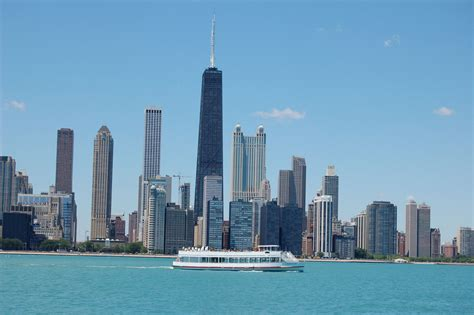 Chicago River Boat Tours by Lake River Architecture Tour Wendella Boats