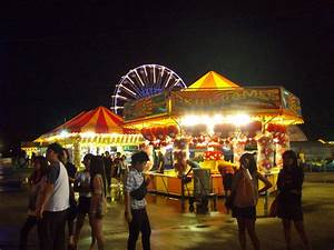 Bangkok Super Giant Carnival: Awesome Games and Prizes ...  Carnival