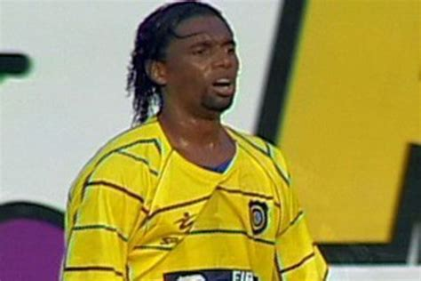 brazilian soccer player beheaded wife finds