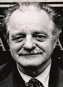 Kenneth Rexroth - Wikipedia's Kenneth Rexroth as ...