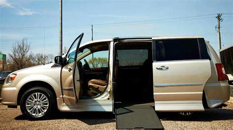 auto per disabili con pedana agevolazioni auto per disabili quot legge 104 quot e assicurazione