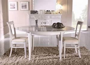 Runder Esstisch Für 6 Personen : ausziehbarer runder esstisch aus walnuss und massiver buche ~ Markanthonyermac.com Haus und Dekorationen