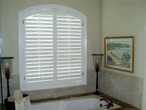plantation shutters traditional tampa  shutter
