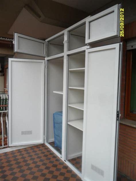 Armadietto Alluminio Foto Armadi Esterni In Alluminio Di Infissi 2000 247974