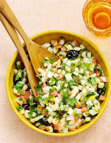 plateau de table de cuisine salade marocaine pour 4 personnes recettes à table