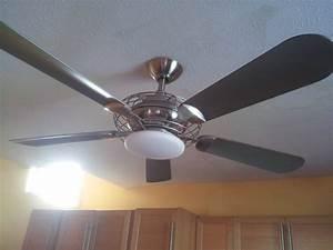 How to change light bulb in ceiling fan hton bay