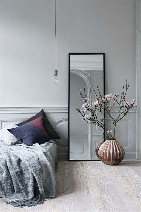 chambre a coucher contemporaine adulte quel miroir dans une chambre d 39 adulte contemporaine