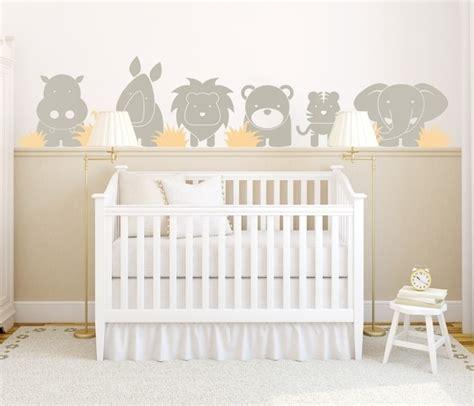theme chambre bebe sticker mural chambre bébé plus de 50 idées pour s 39 inspirer