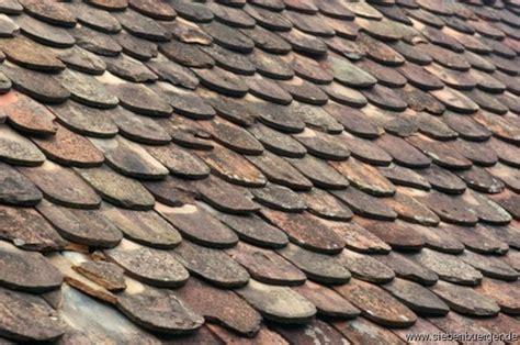 dachziegel mit mastdurchführung bilder felldorf dachziegel mit geschichte informationen zu siebenb 252 rgen und rum 228 nien