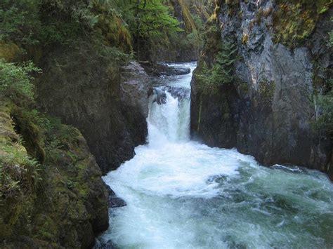 Englishman River Falls Trail - British Columbia, Canada ...