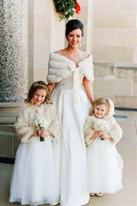 10 stunning christmas wedding dress ideas to try instaloverz