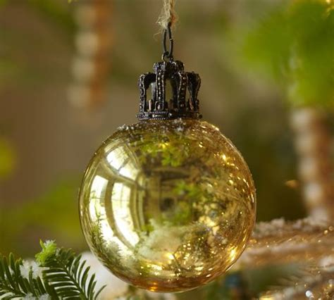 awesome christmas tree ornaments awesome christmas tree ornaments that add charm to your home