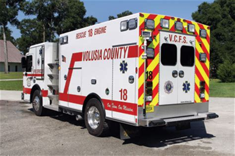 pumpers   response transport vehicles fire apparatus