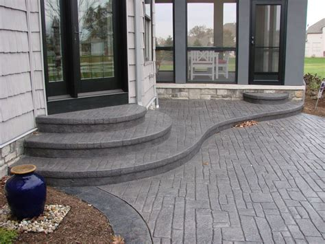 Cement Patio Designs by I Like The Idea Of Rounded Stairs Coming From Our Patio