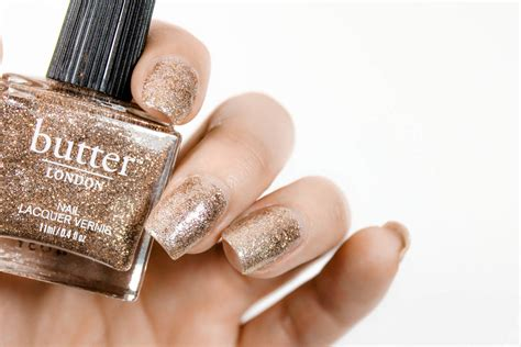 Try This Glitter Polish Nail Hack For A Perfect Glitter