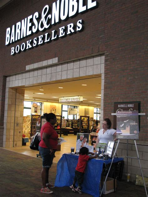 barnes and noble arden saturday science event was out of this world